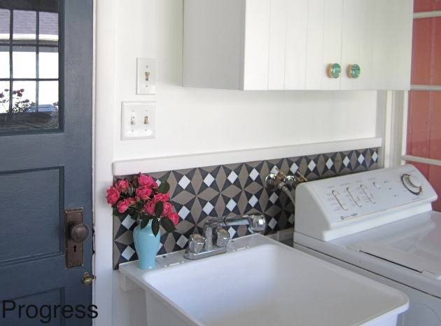 DIY concrete backsplash