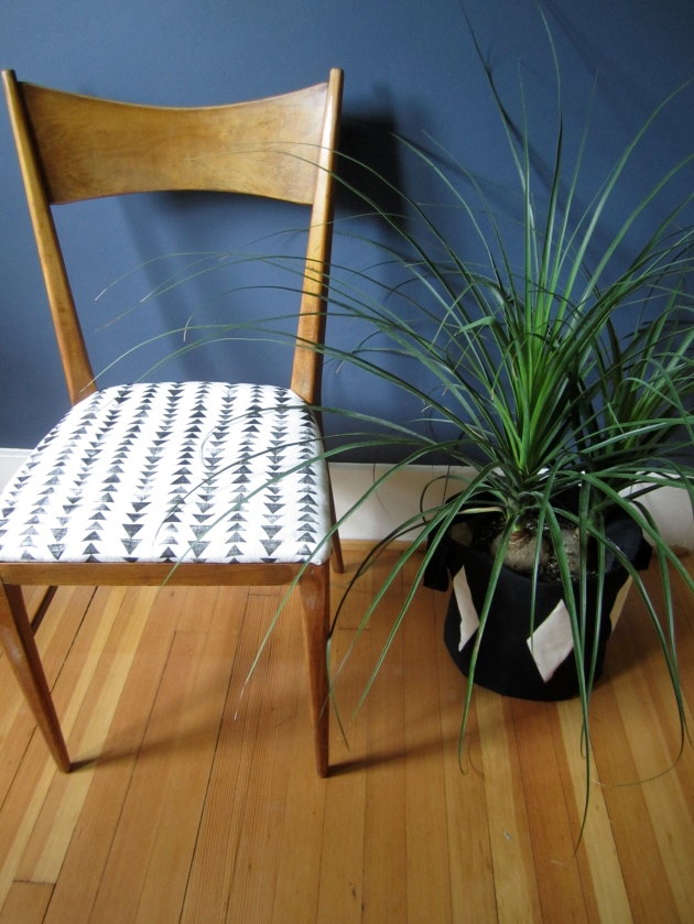 chair and planter 4