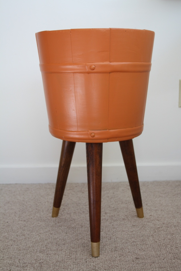 Red House West    Mid Century Planter