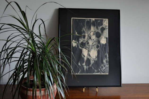 Red House West//inexpensive ways to frame art
