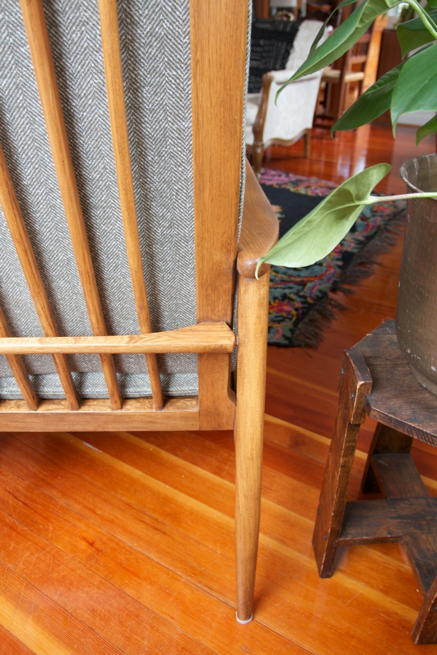 Red House West|| Mid-Century Chair Make-Under