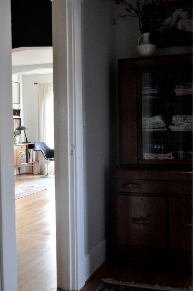 Red House West||Quick Hallway Update